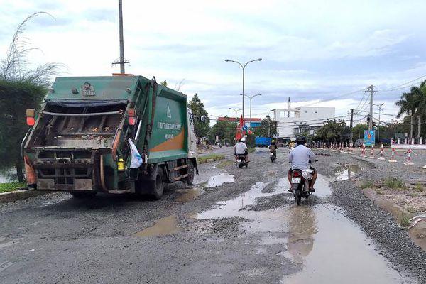 Chậm khắc phục hư hỏng quốc lộ 63 ở Cà Mau