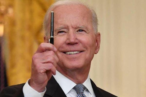 Ông Biden nghèo hẳn đi vì tranh cử tổng thống Mỹ