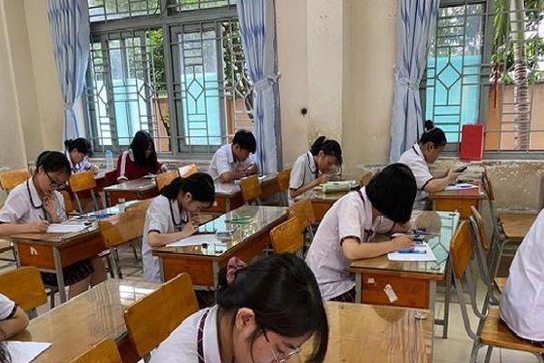 Một số địa phương cho học sinh đi học trở lại để hoàn tất thi học kỳ II