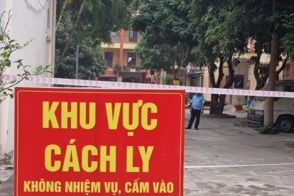 Bé trai 2 tuổi mắc COVID-19 là ca thứ 30 ở Hưng Yên