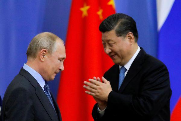 Ông Tập và ông Putin họp trực tuyến để 'thể hiện đoàn kết'