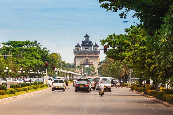 Chủ tịch Lào lạc quan về khả năng hồi phục kinh tế sau đại dịch