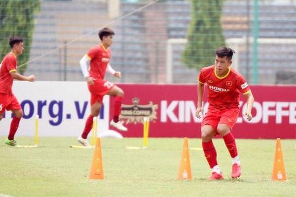 HLV Park Hang Seo loại 4 cầu thủ U22