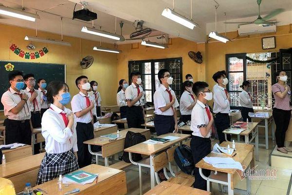 Nhiều tỉnh, thành cho học sinh lớp 9, lớp 12 quay trở lại trường