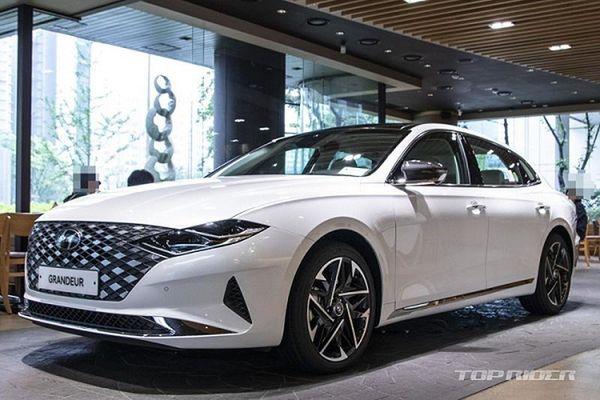 Cận cảnh Hyundai Grandeur từ 649 triệu đồng, 'đấu' Toyota Avalon