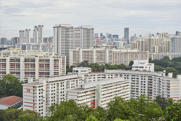 Đại gia bất động sản Singapore lo chính phủ hạ nhiệt giá nhà