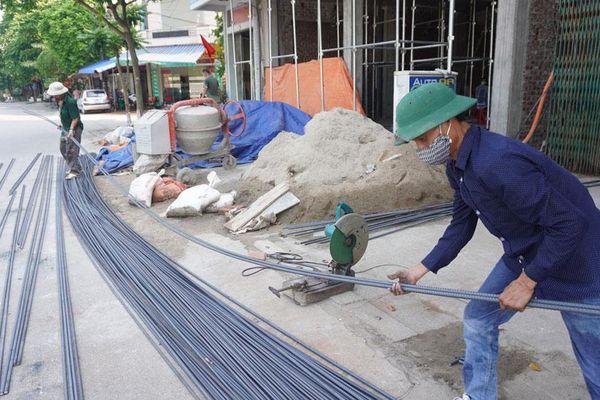Giá vật liệu tăng mạnh, ngành xây dựng gặp khó kép