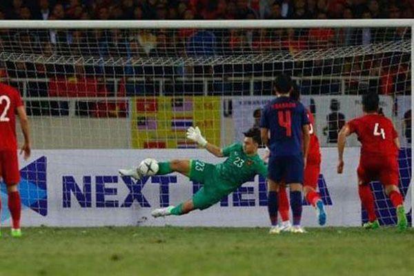 Không như MU, đội tuyển Việt Nam có nhiều thủ môn giỏi bắt phạt đền