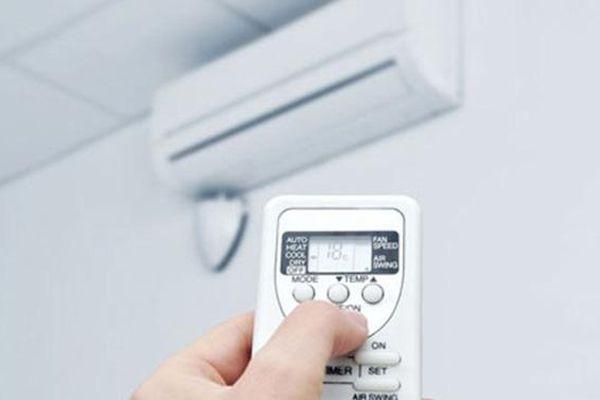Sốc nhiệt do điều hòa: Nguyên nhân do đâu, phòng tránh bằng cách nào?