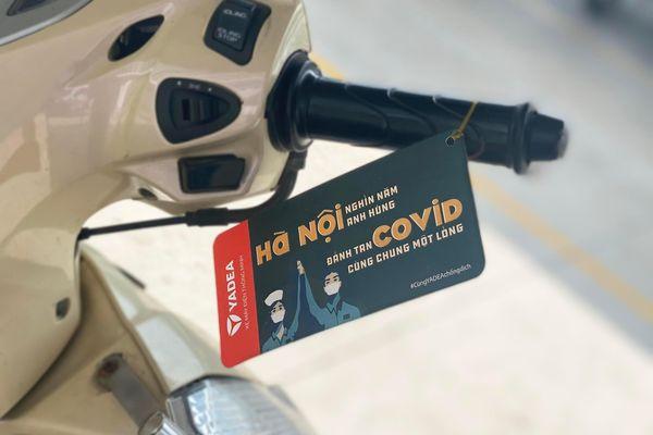 Hãng xe điện tung poster ý nghĩa mùa dịch 'gây sốt' cộng đồng mạng
