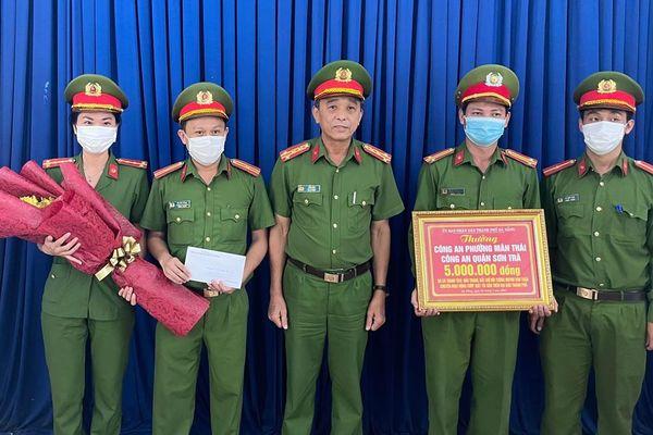 Khen thưởng đột xuất cho CBCS CAP Mân Thái