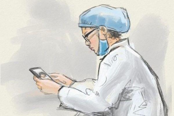 'Hết dịch mẹ sẽ về' - dân mạng vẽ tranh cổ vũ y, bác sĩ ở Bắc Giang