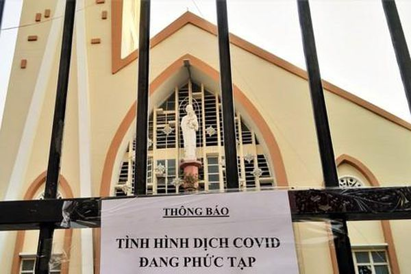 Các cơ sở tôn giáo ở TPHCM thực hiện nghiêm chống dịch COVID-19