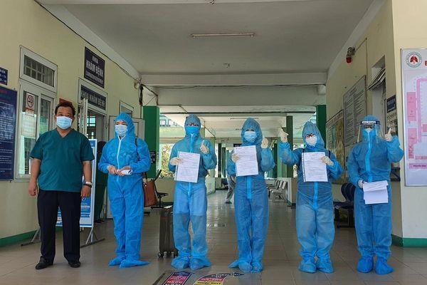 Thêm nhiều bệnh nhân ở Đà Nẵng, Quảng Ngãi âm tính với SARS-CoV-2 được ra viện