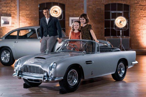 Những chiếc ôtô đặc biệt cho trẻ em đến từ các hãng siêu xe
