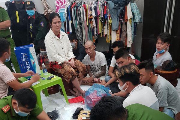 Phú Quốc: Triệt xóa tụ điểm đánh bạc, thu giữ gần 500 triệu đồng