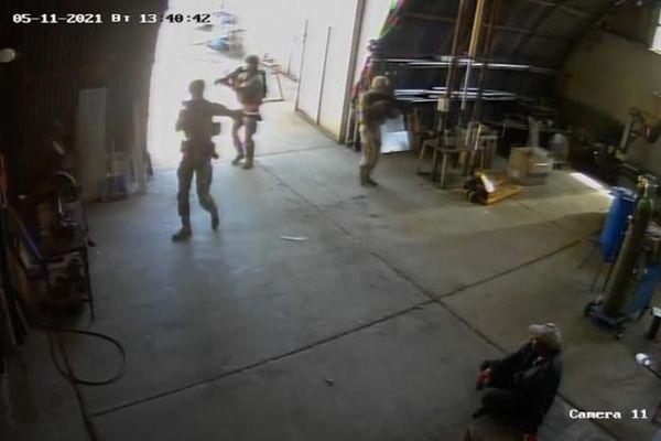 Binh sĩ Mỹ đột kích nhầm nhà máy ở Bulgaria