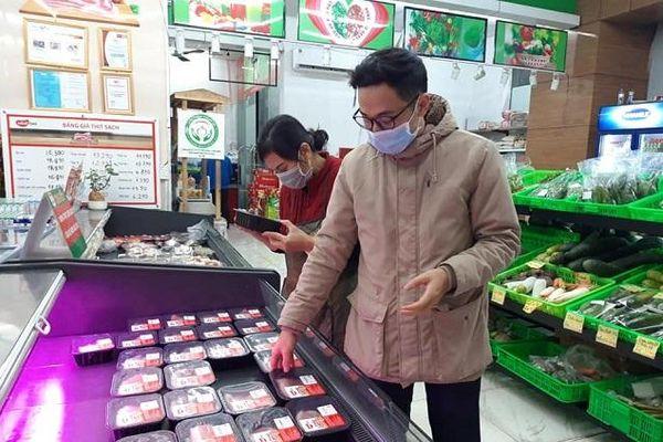 Bao giờ giá thịt lợn mới giảm?