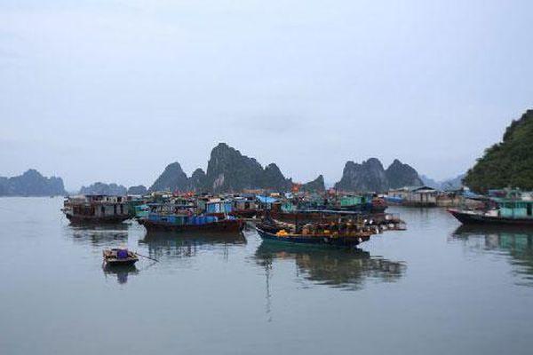 'Lạc bước' vào cảng biển đẹp bậc nhất Vịnh Bắc Bộ