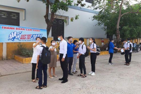 Tuổi trẻ Khánh Hòa tiếp sức mùa thi dự tuyển lớp 10