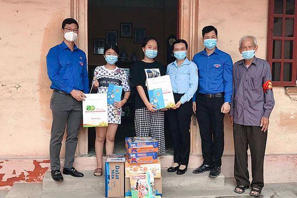 'Chia sẻ cùng em thơ' hỗ trợ thiếu nhi tại tâm dịch Bắc Giang