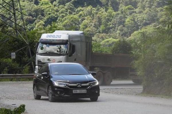 Hà Tĩnh: Gian nan đường lên Cửa khẩu Cầu Treo