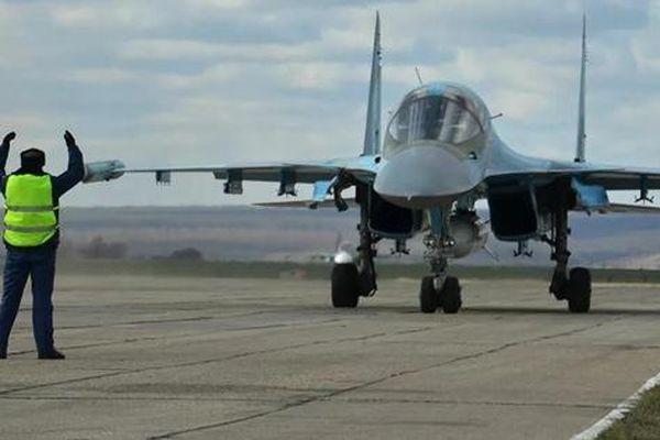 Nga trình diễn máy bay siêu thanh Su-34 tiêu diệt mục tiêu
