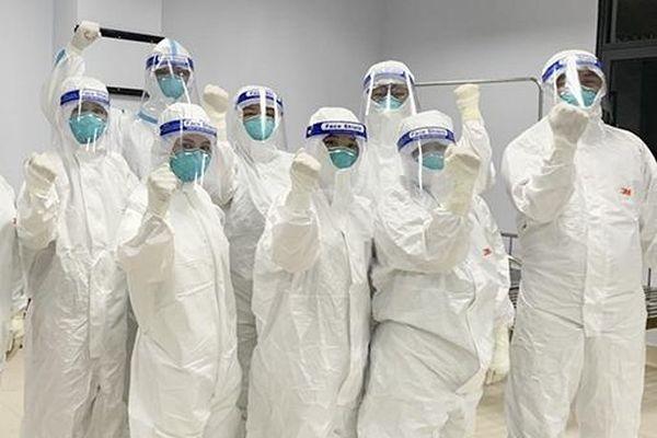 Bên trong bệnh viện dã chiến số 2 Bắc Giang