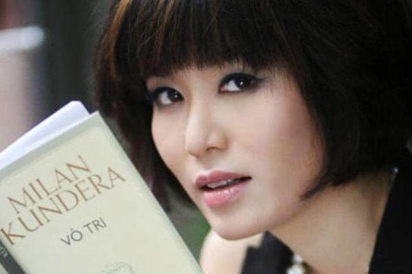 Hoa hậu Nguyễn Thu Thủy mê đọc sách
