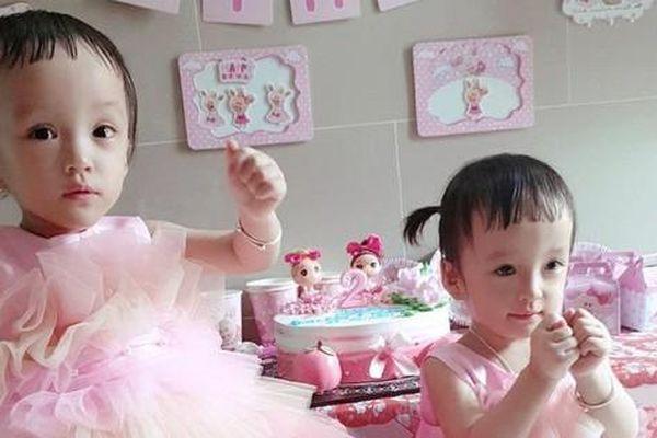 Nét đáng yêu của Trúc Nhi – Diệu Nhi khi tròn 2 tuổi