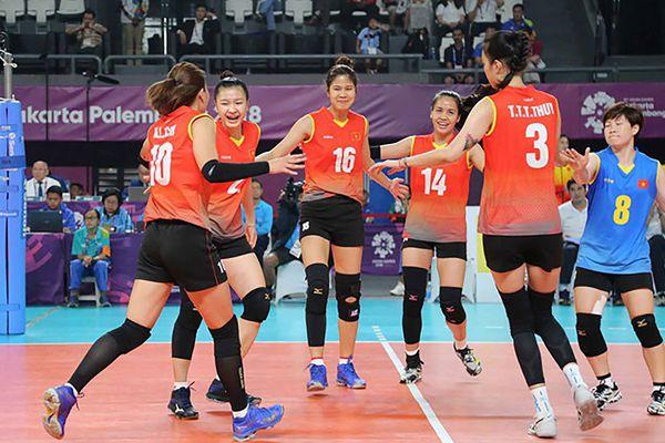 Đội tuyển bóng chuyền nữ Việt Nam loay hoay tìm lái trưởng