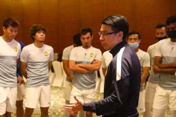 HLV Malaysia: 'Lối chơi của tuyển Việt Nam vẫn thế, tôi đã có cách'