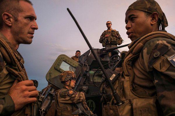 Pháp ngừng viện trợ quân sự với Cộng hòa Trung Phi