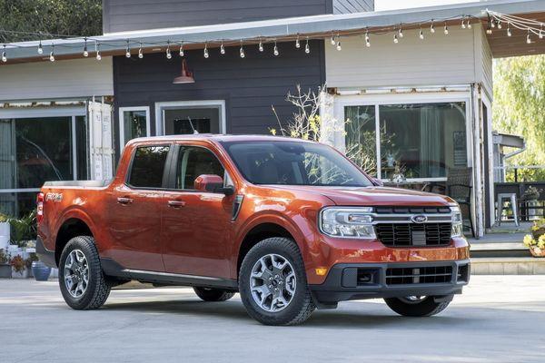 Bán tải Ford Maverick được ra mắt - đối thủ của Hyundai Santa Cruz
