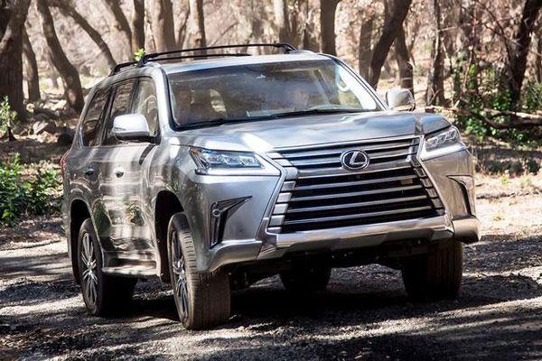 Bảng giá xe Lexus tháng 6/2021: Thêm sản phẩm mới