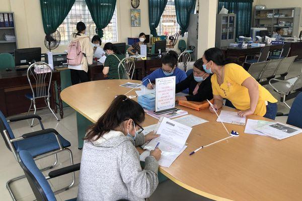 Thừa Thiên Huế: Hơn 3.200 lao động nộp hồ sơ đề nghị hưởng trợ cấp thất nghiệp