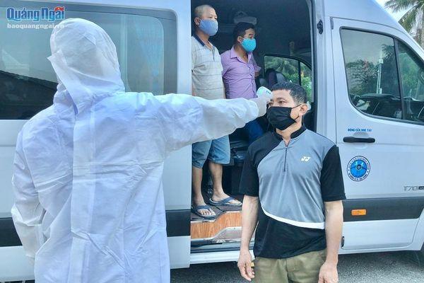 Dừng 4 chốt kiểm tra y tế ở cửa ngõ ra vào Quảng Ngãi