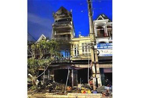Quảng Ninh: Cháy nhà 4 tầng, một người tử vong