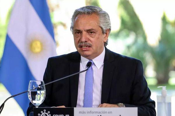 Tổng thống Argentina dính 'vạ miệng'