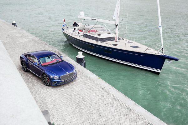 Du thuyền Contest 59CS: Chiếc Bentley nổi trên mặt nước
