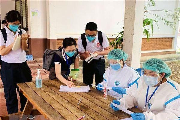 Dịch COVID-19: Hàn Quốc hỗ trợ Lào thiết bị y tế trị giá 1 triệu USD