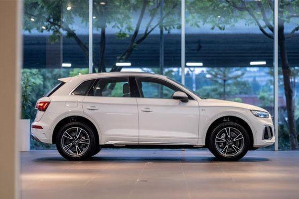 Đánh giá Audi Q5 2021 giá từ 2,4 tỷ đồng tại Việt Nam, cạnh tranh với Mercedes-Benz GLC