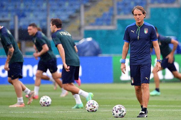 Khai mạc Euro: Đặt niềm tin vào Thổ Nhĩ Kỳ cầm chân tuyển Ý