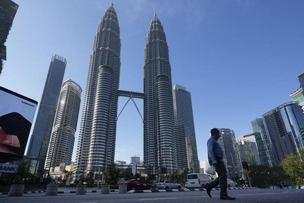 Malaysia kéo dài phong tỏa toàn diện, Nhật Bản cân nhắc nới lỏng hạn chế