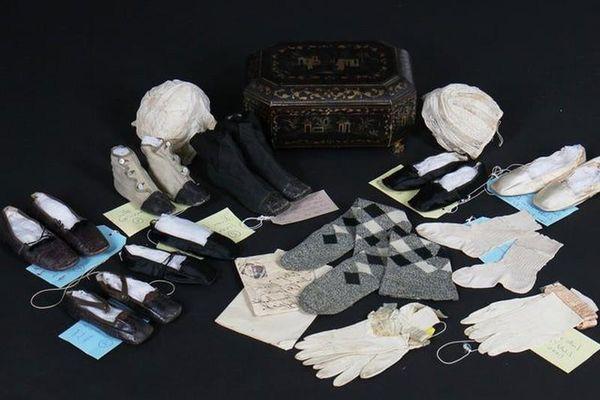 Tận mục món đồ của Nữ hoàng Victoria được đem bán đấu giá