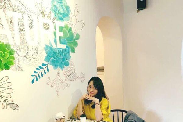 Tình yêu và những góc phố Hà Nội trong tập thơ 'Ngân đôi'