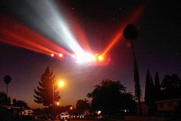 Anh đã săn lùng UFO, nghiên cứu người ngoài hành tinh từ 50 năm trước