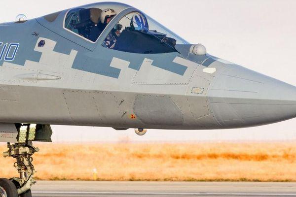 Mỹ chê Su-57 là 'máy bay tồi tệ nhất', phi công Nga lập tức phản ứng