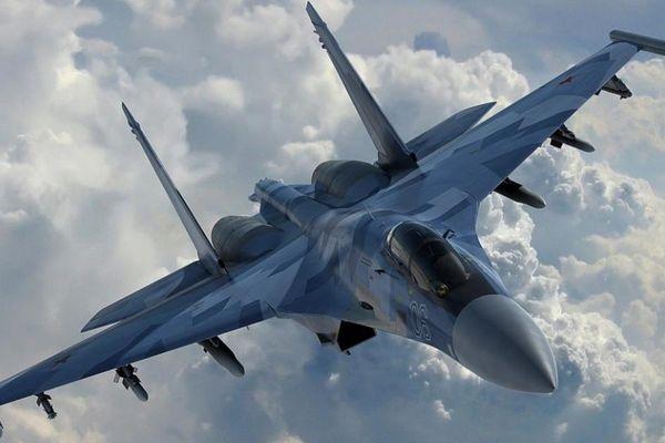 Tạp chí Mỹ dự đoán kết quả khi F-35 và Su-30SM đánh 'đấu cẩu' trên không