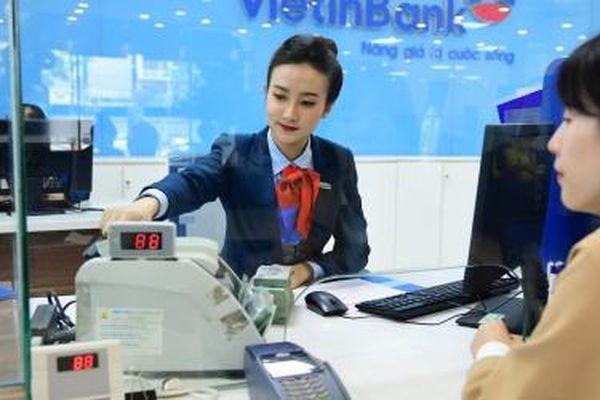 VN-Index trở về ngưỡng 1.350 điểm, cổ phiếu VietinBank tăng kịch trần